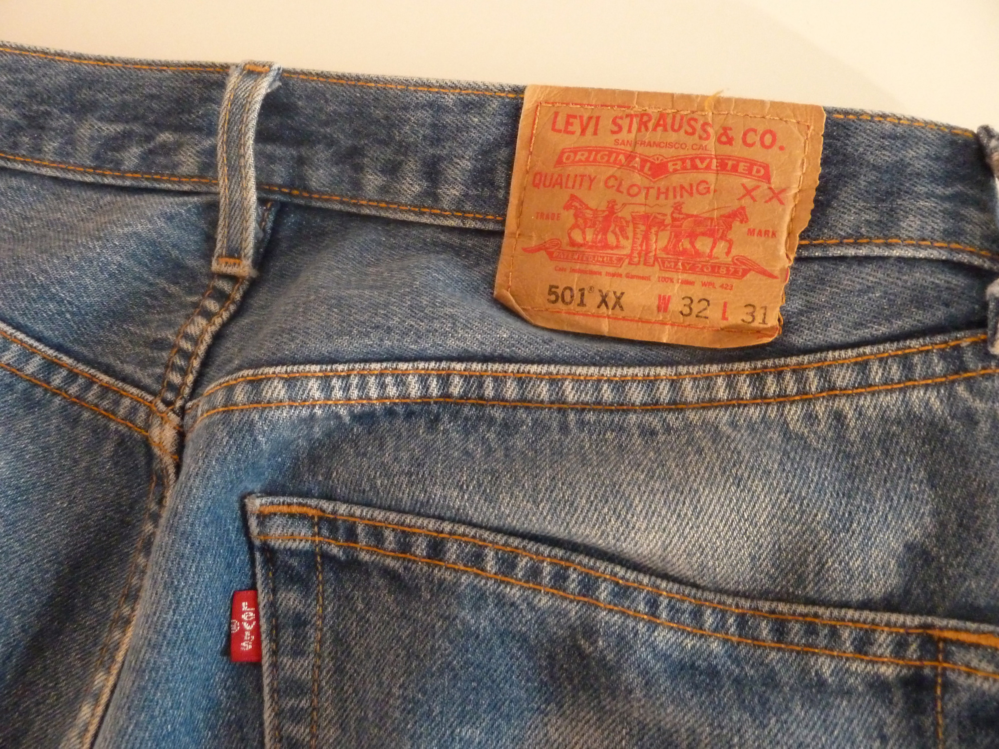 prezzo competitivo 93a8b 1ebe0 2 Jeans Levi's 501 Vintage/Usato